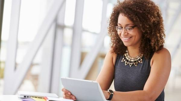 7 Simple Starting Points for Starting an Online Business Turn your 9-5 job into a consultant business